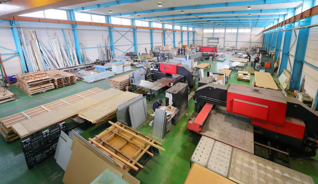 山栄工業 工場全体の写真