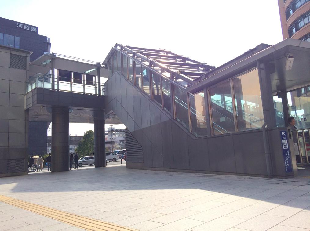 新岐阜 歩道橋昇降口 アルミパネル